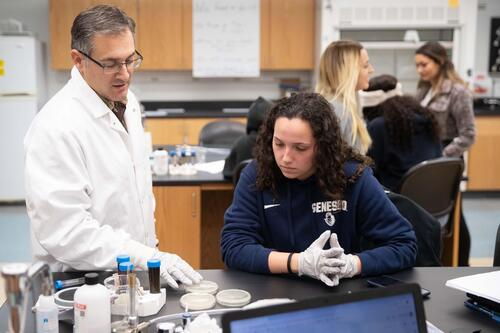 Professor Kevin Militello with biology lab student (SUNY Geneseo/Keith Walters '11)